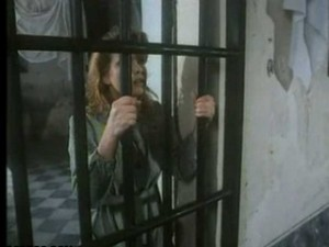 woman-prison-1