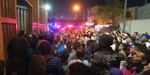 Relatives of inmates gather outside the Topo Chico prison in the northern city of Monterrey in Mexico where according to local media at least 30 people died in a prison riot on February 11, 2016. Riot police and ambulances were deployed at the Topo Chico prison as smoke billowed from the facility. Broadcaster Televisa reported that 30 died while Milenio television spoke of 50 victims, with inmates and prison guards among them.   AFP PHOTO / JULIO CESAR AGUILAR / AFP / Julio Cesar Aguilar        (Photo credit should read JULIO CESAR AGUILAR/AFP/Getty Images)